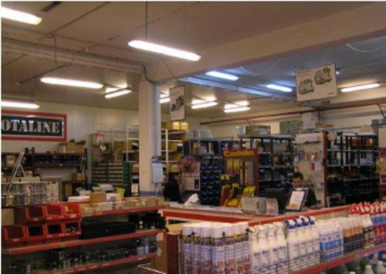 La sustitución de los tubos fluorescentes puede suponer en algunos casos grandes molestias y costes añadidos.